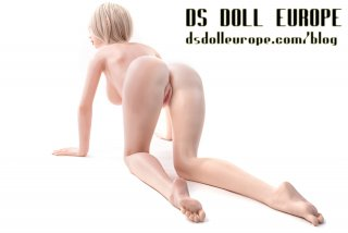 DS-167 Evo (= UK-170 Evo) body style with Kayla head